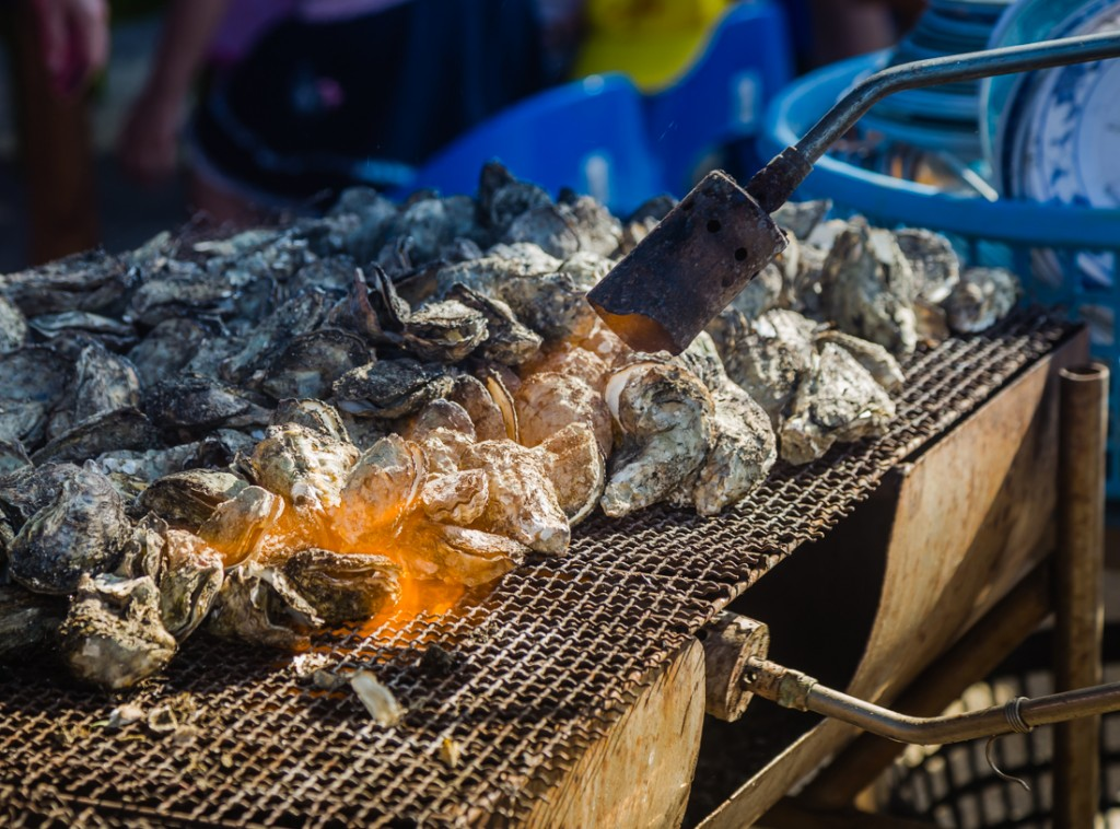 Qigu Lagoon Grilled Oysters Taiwan Cooking Method