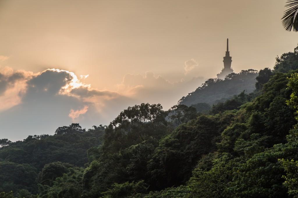 how to go to elephant mountain taipei